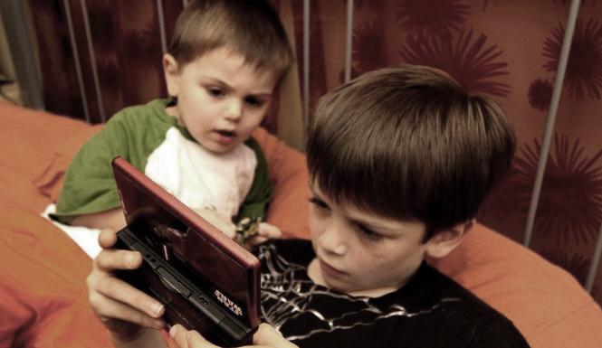 Lagom mycket datorspelande är bra för barn!